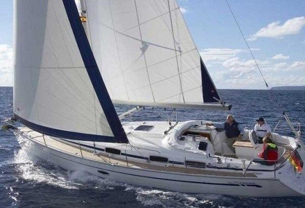 Bavaria 33 Cruiser - kuip