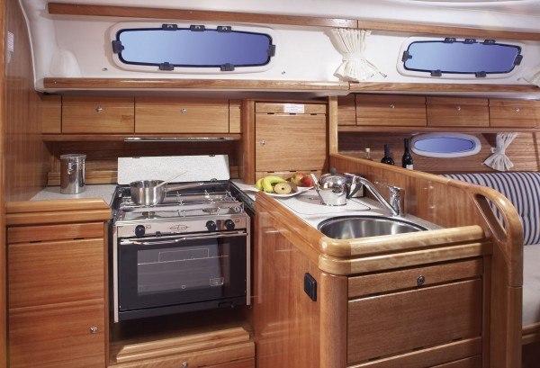 Bavaria 33 Cruiser - keuken