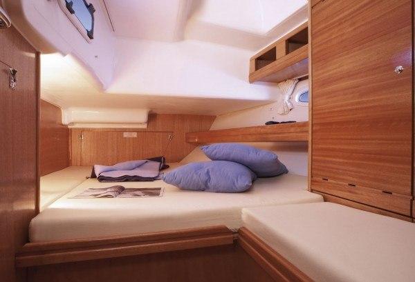 Bavaria 46 Cruiser - tweepersoons hut achterin