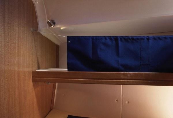Bavaria 46 Cruiser - hut met een stapelbed