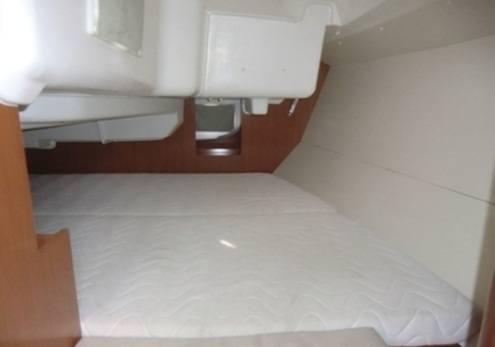 Beneteau Oceanis 31 - tweepersoons hut achterin