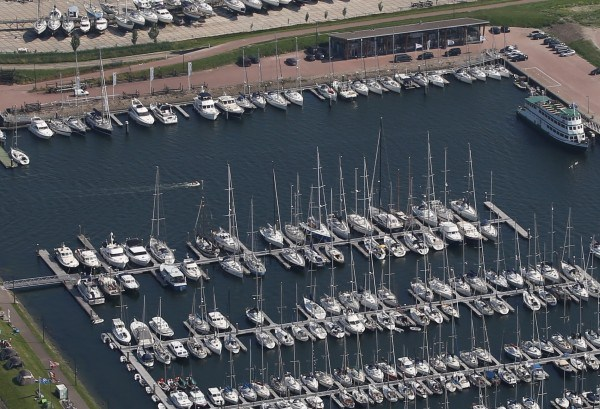Jachthaven geknipt Zeeland