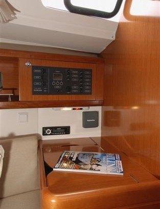 Beneteau Oceanis 34 -navigatiehoek