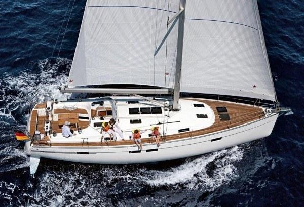 Bavaria 45 Cruiser - zijaanzicht