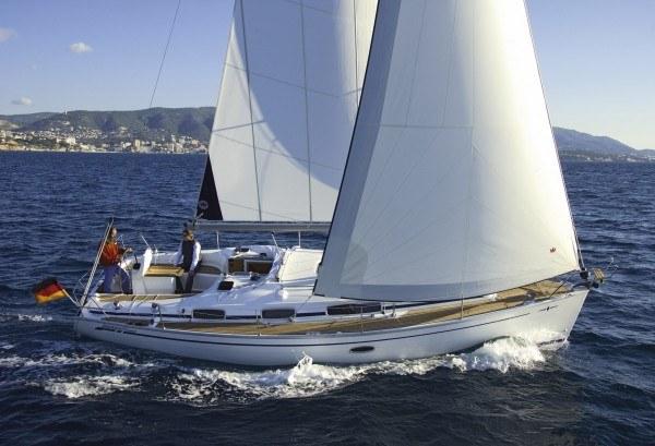 Bavaria 35 Cruiser - zijaanzicht