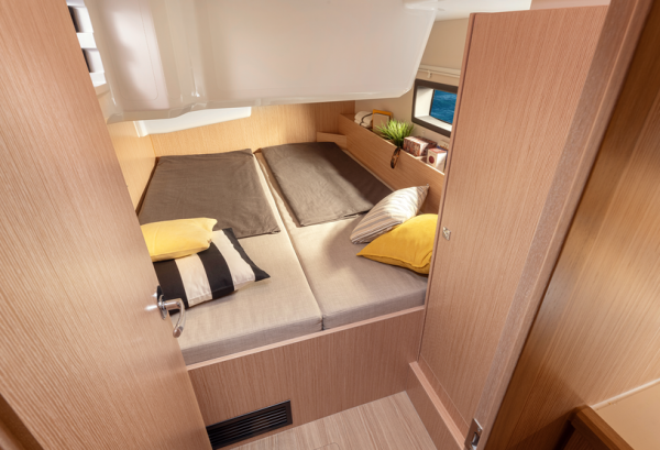 bav 38c cabin
